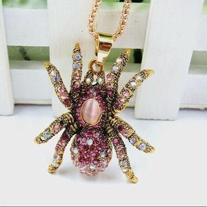 Jewelry - Spider 🕷 Pendant Necklace Pink Crystal